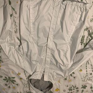 Colombia rain jacket-white